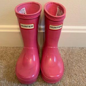 Hunter Rain Boots: Bright Pink, Size 8
